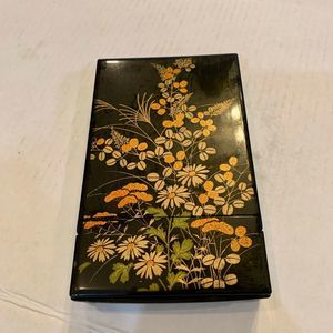 Black Lacquer Trinket /Jewelry Box With Mirror